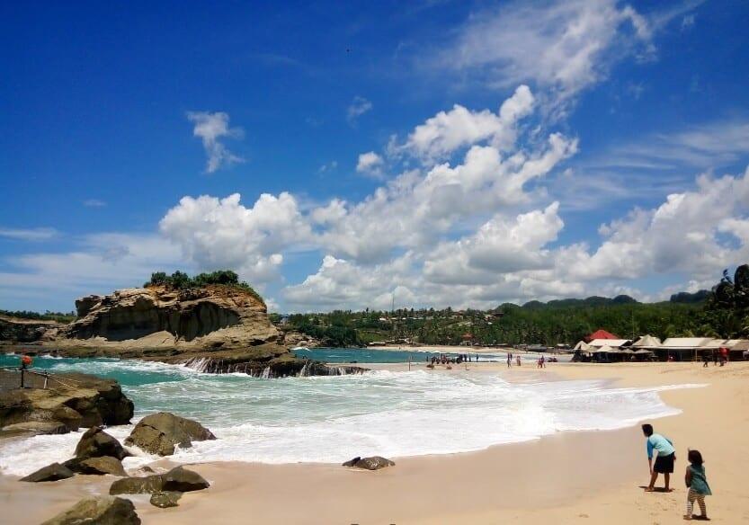 Pantai Klayar, Pantai Klasik di Pacitan 1