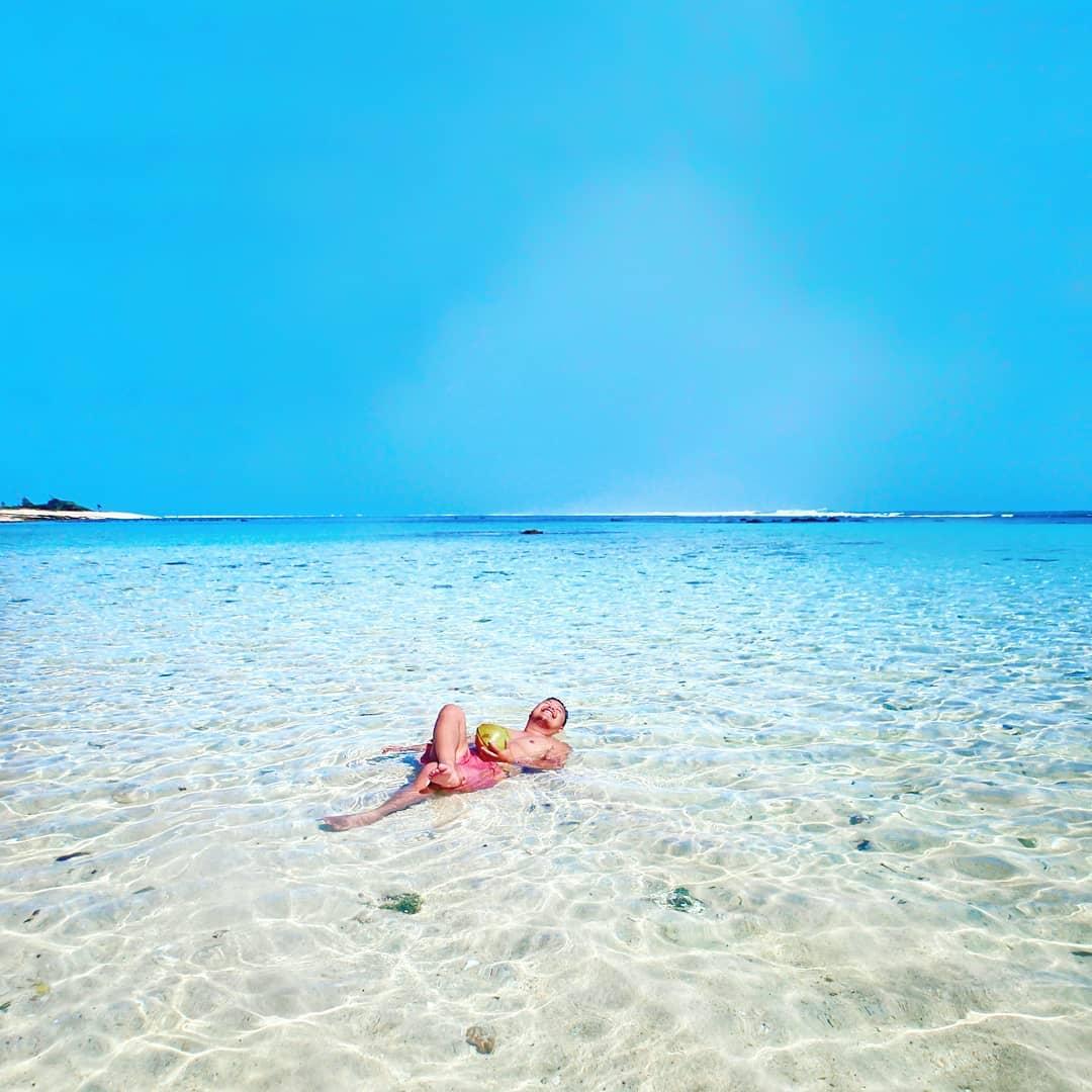 Wisata Sumba Pantai Marosi