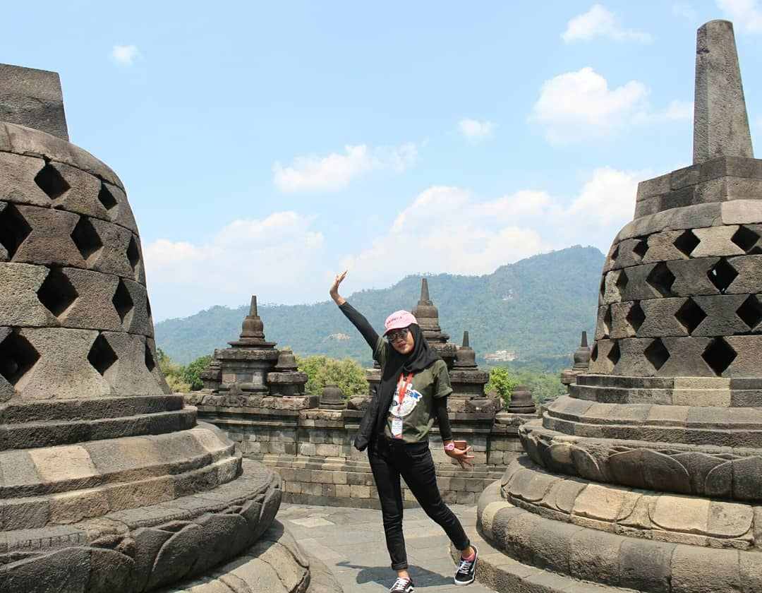 7 Gambar Candi Borobudur Tiket Masuk Fasilitas Lokasi