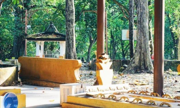 Melihat Situs Warisan Kerajaan Sriwijaya Di Bukit Siguntang 5