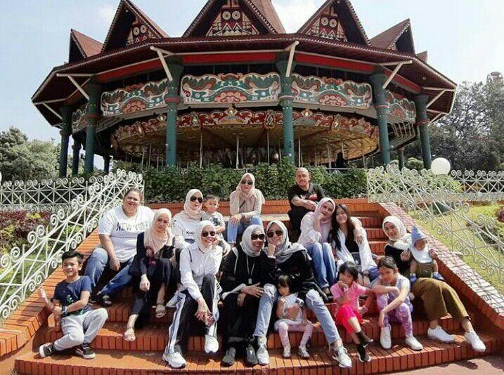 Taman Impian Jaya Ancol Ramai