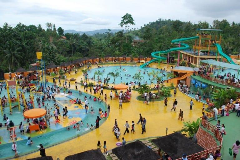 sengkaling-waterpark-malang