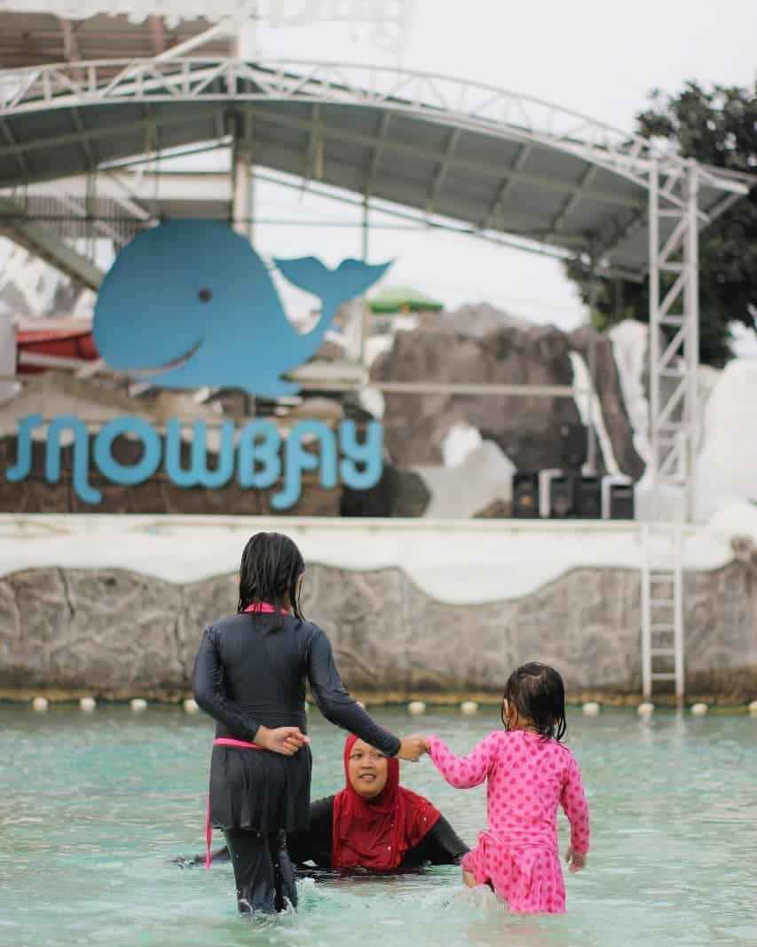 snowbay-waterpark-jakarta-timur