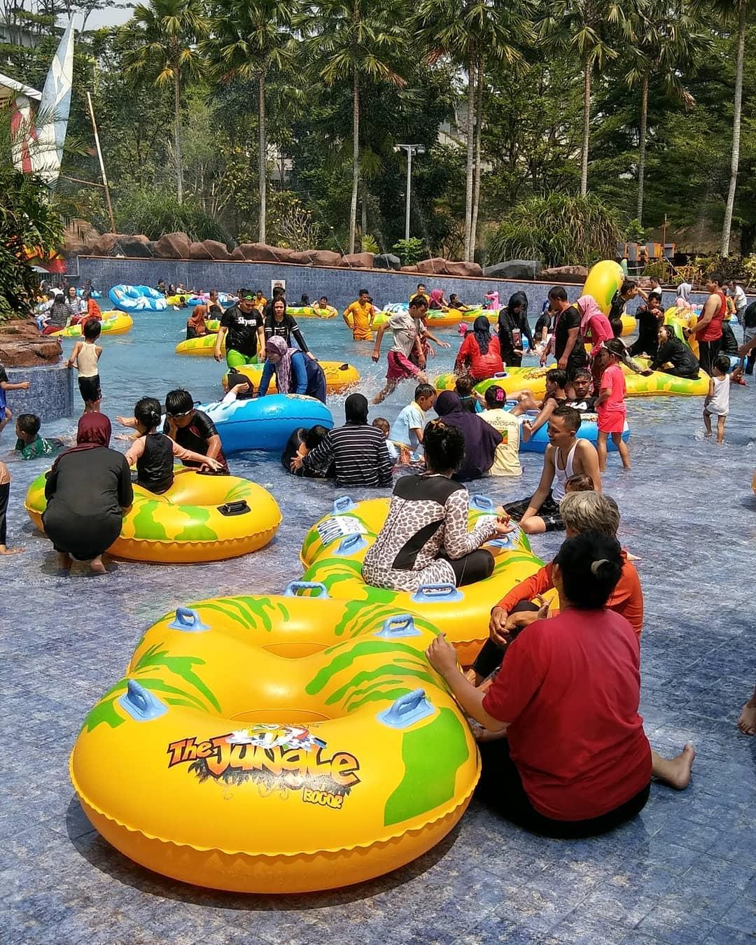 the-jungle-waterpark-bogor-2019