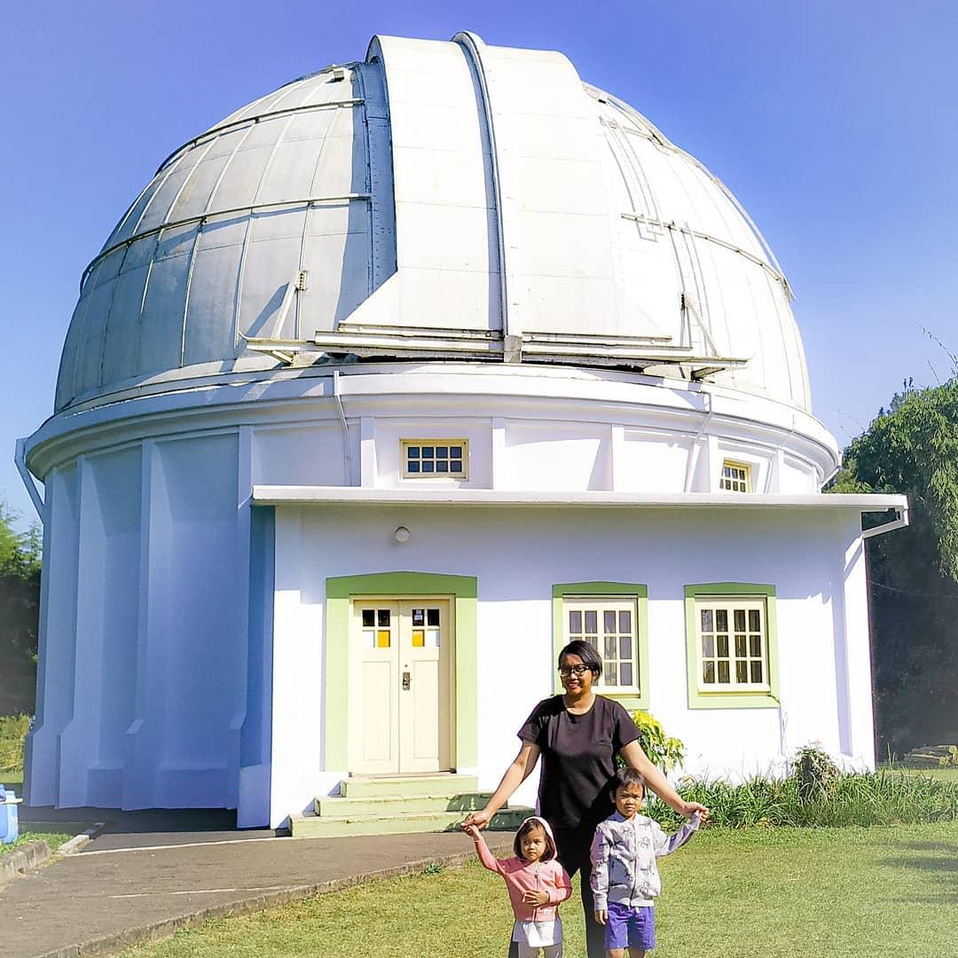 bangunan observatorium bosscha