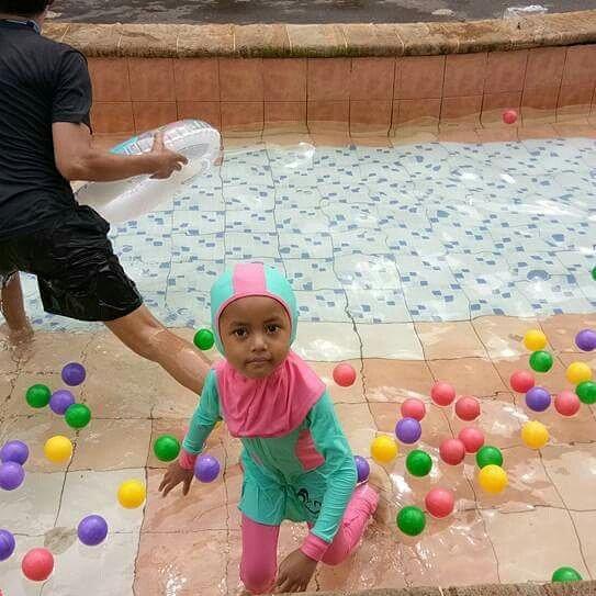 atlantis-waterpark-kolam-bola