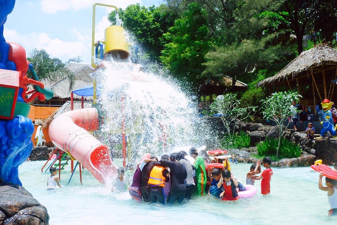 harga-tiket-tirtania-waterpark