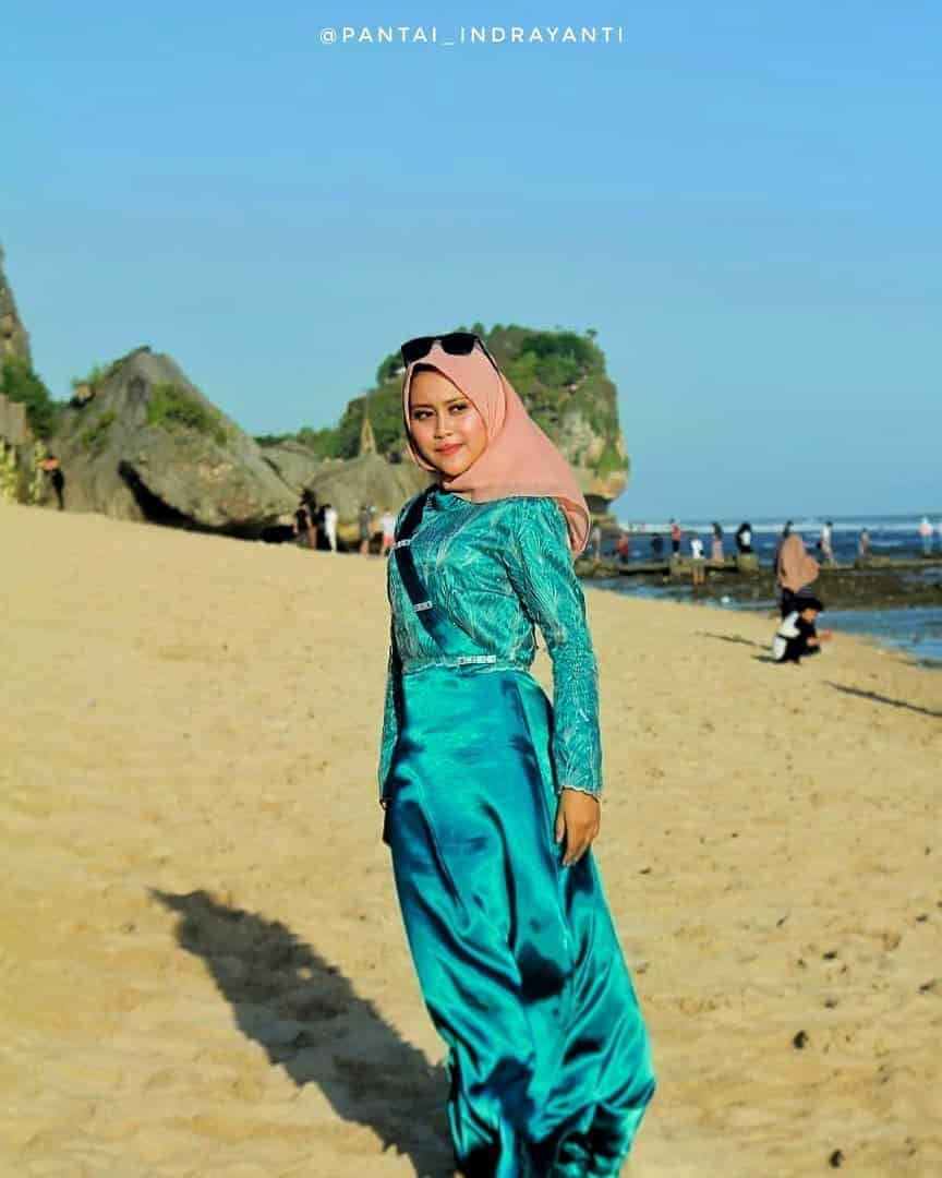 Birunya Laut Pantai Indrayanti Di Gunung Kidul Yogyakarta 3