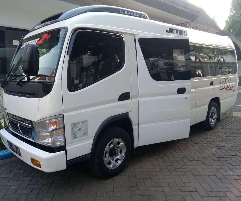 Mobil travel Jogja Malang