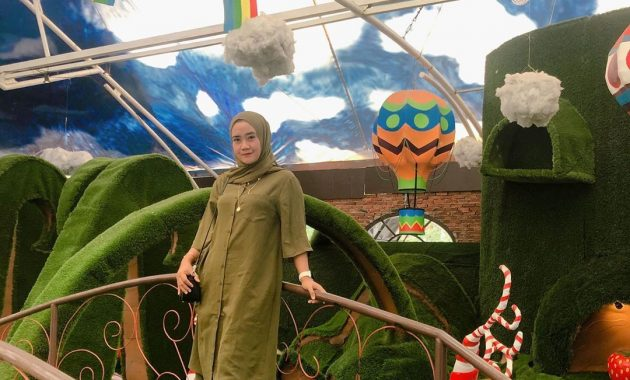 Pesona Dunia Fantasi Di Malam Hari Ala Lembang Wonderland 6