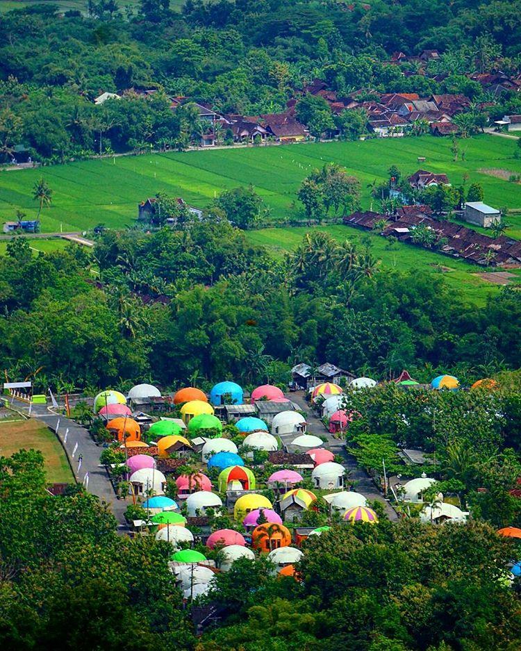 View dari Atas Bukit Teletubbies