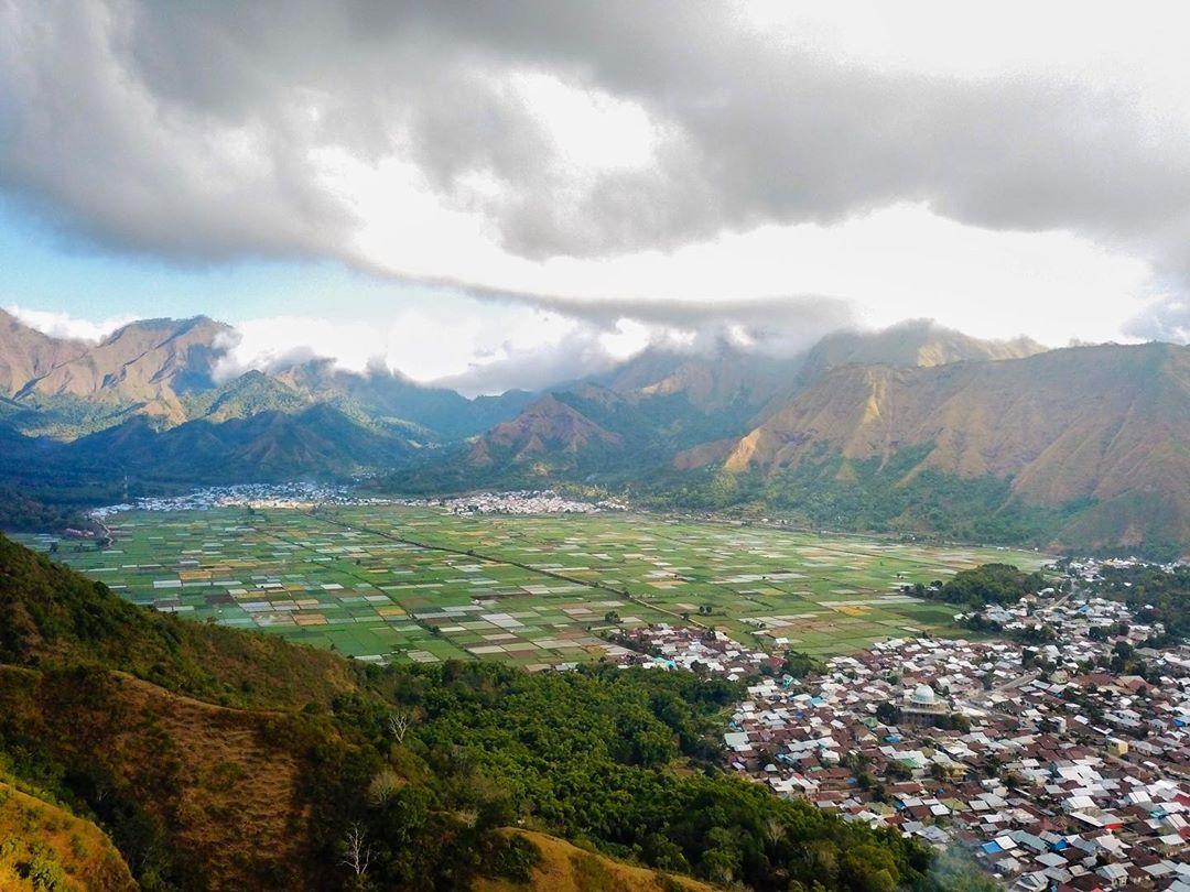 View dari atas Desa Sembalun
