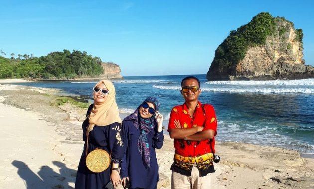 Pantai Teluk Asmoro, Semburat Raja Ampat di Kota Malang 1