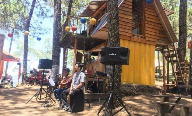 Berburu Foto dan Menikmati Segarnya Udara di Kamojang Ecopark Garut 2