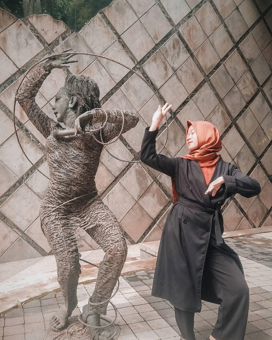 Patung di Nuart Sculpture Park