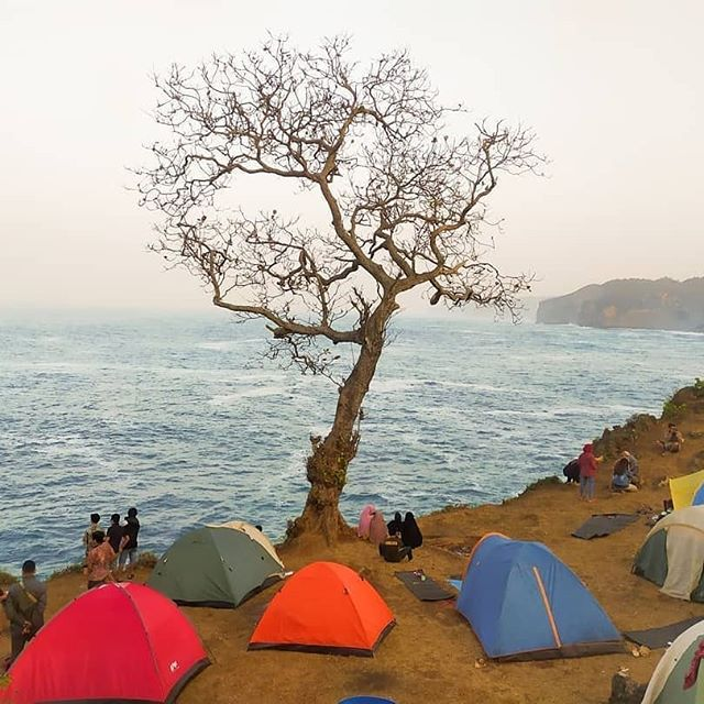 Pantai Kesirat Camping Ground