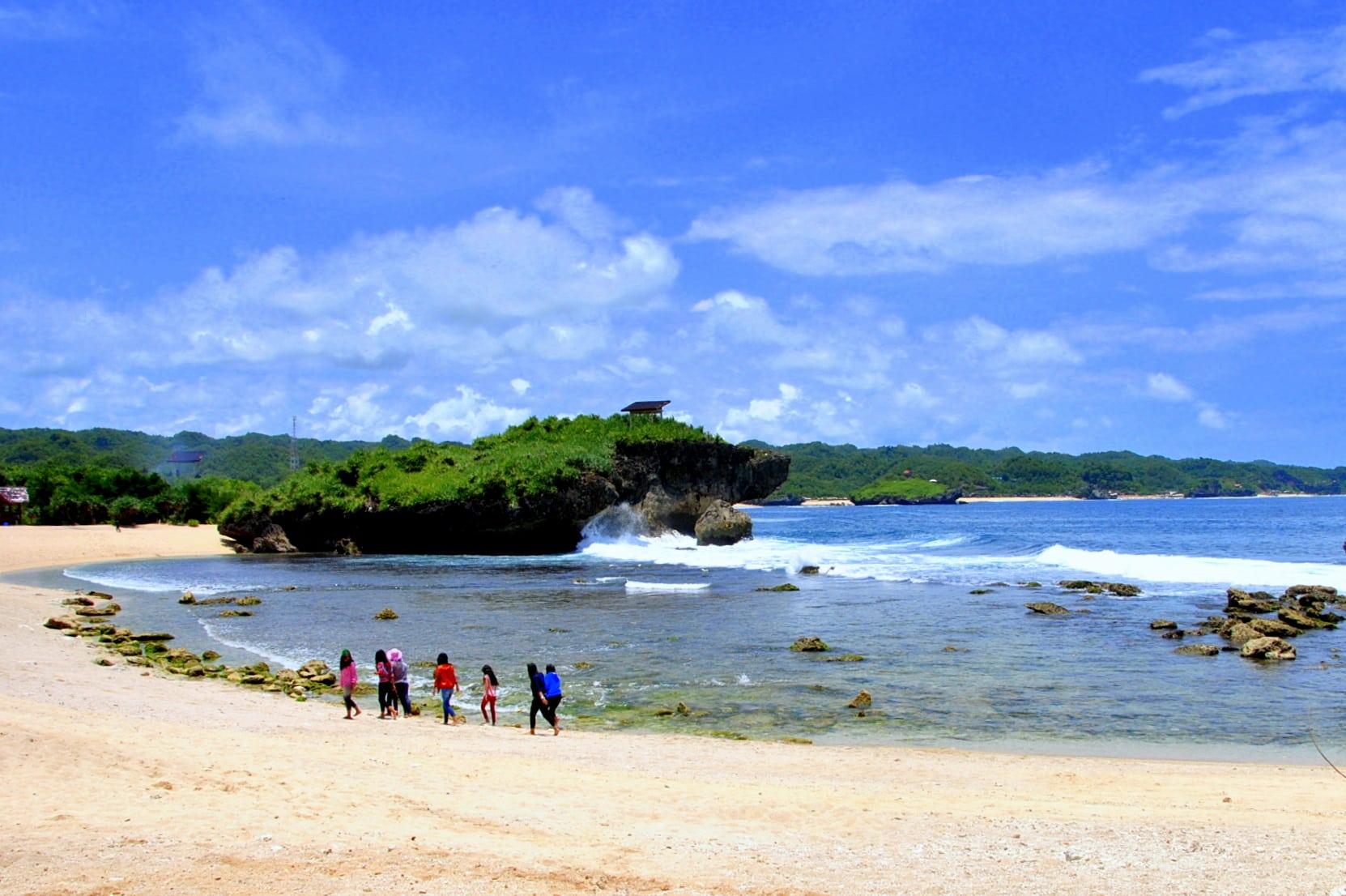Pantai Sarangan