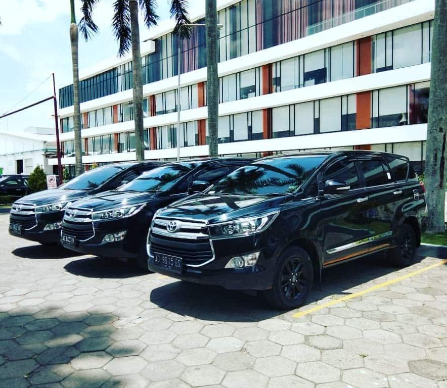 10 Tempat Rental Mobil Solo Dalam Dan Luar Kota Murah 1