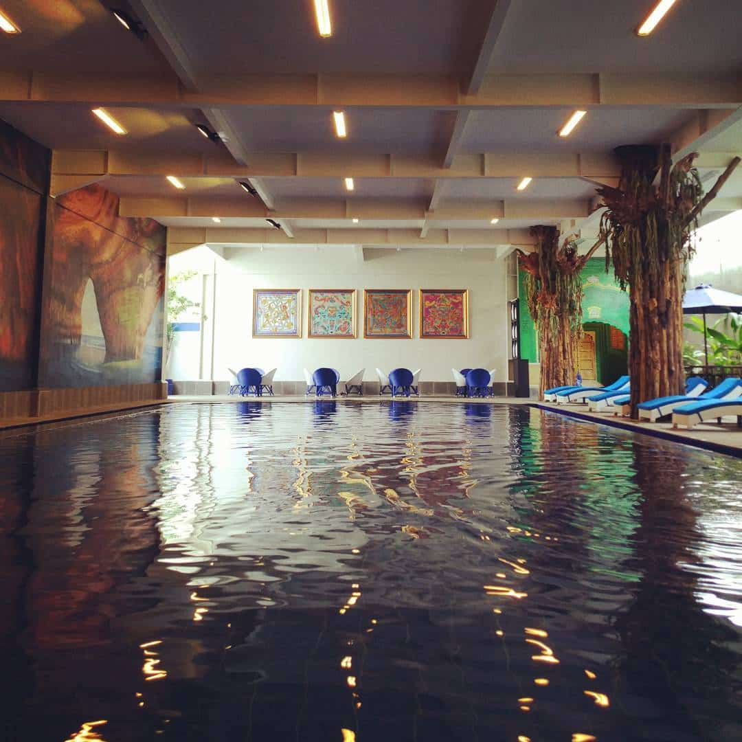 HIijab Swimming Pool