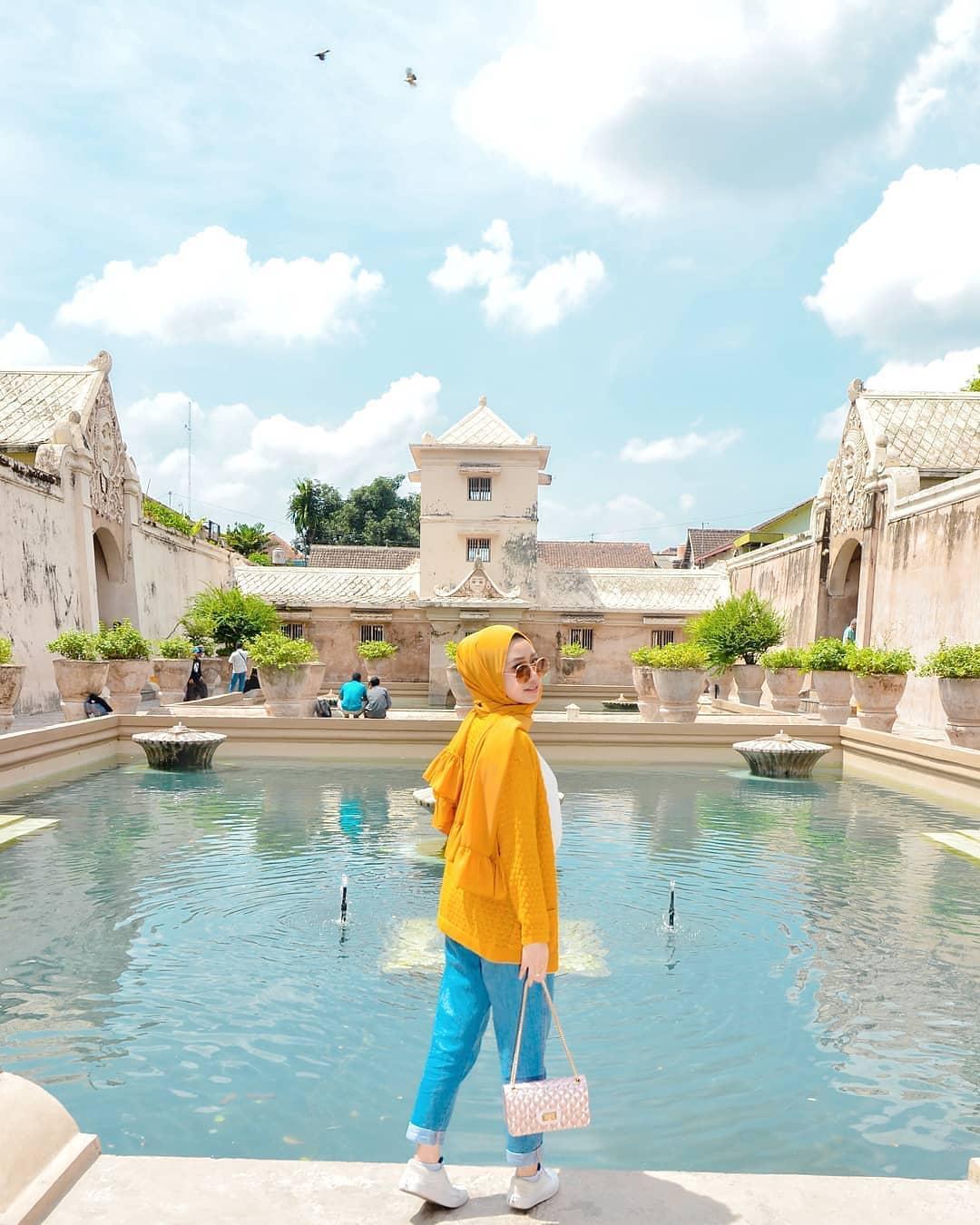 Area Mandi Kerajaan di Taman Sari