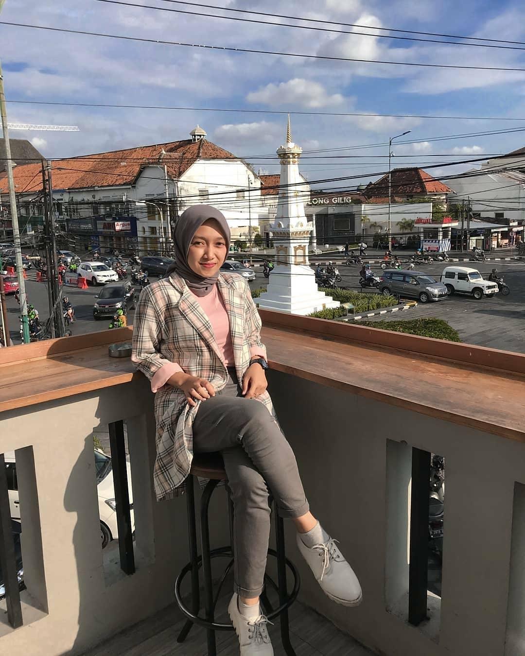 View Siang Hari