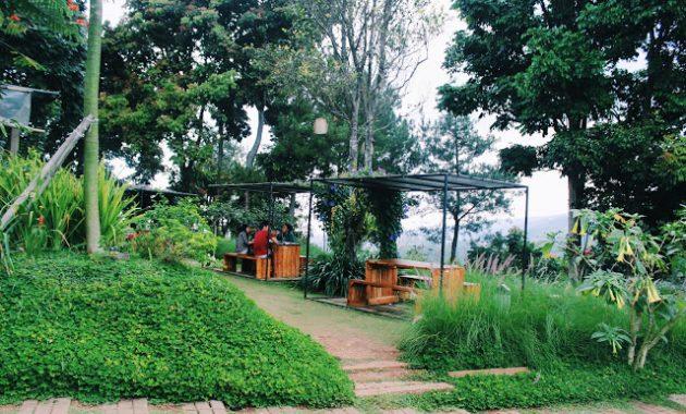 15 Tempat Nongkrong di Bandung Anak Muda Kekinian Hits 30