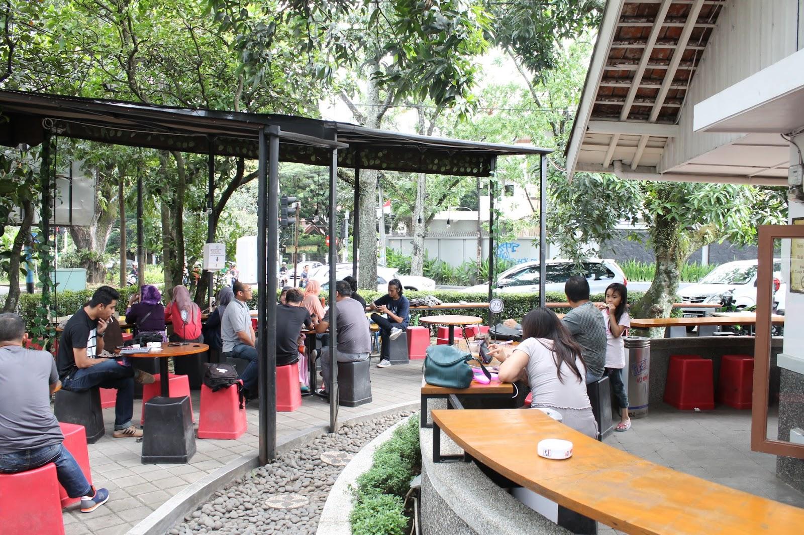 15 Tempat Nongkrong di Bandung Anak Muda Kekinian Hits 27