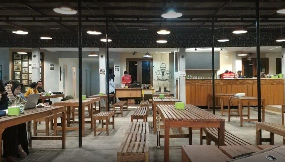 15 Cafe Populer di Jogja Buka 24 Jam Selalu Ramai Buat Nongkrong Sampai Pagi 17