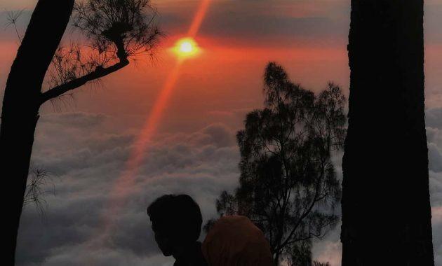 Misteri Gunung Kawi Malang Wisata Alam Berbalut Budaya 4