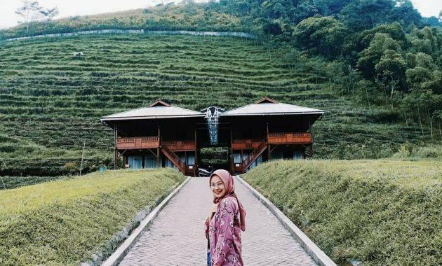 Misteri Gunung Kawi Malang Wisata Alam Berbalut Budaya 7