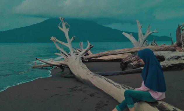 Melihat Gunung Krakatau Gunung Maha Dahsyat Di Selat Sunda 3