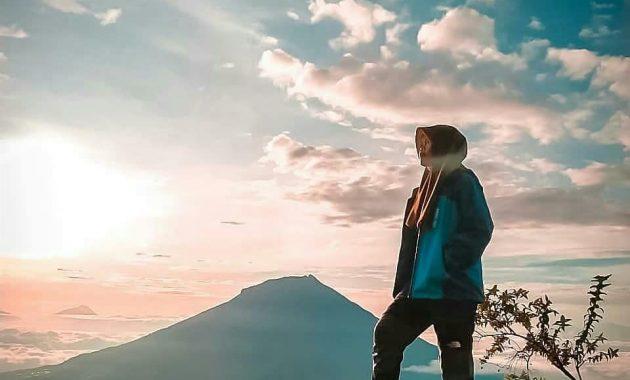 Mendaki Gunung Kembar Di Jawa Tengah Gunung Sindoro 1