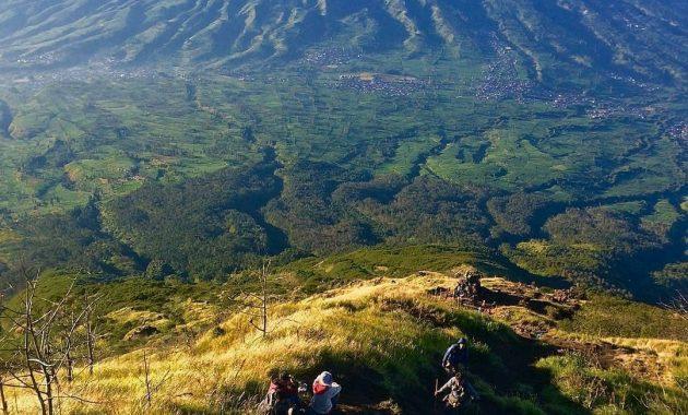 Mendaki Gunung Kembar Di Jawa Tengah Gunung Sindoro 2