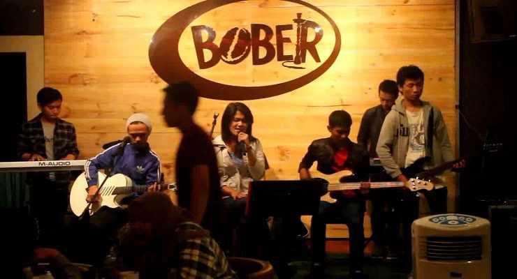 15 Tempat Nongkrong di Bandung Anak Muda Kekinian Hits 12