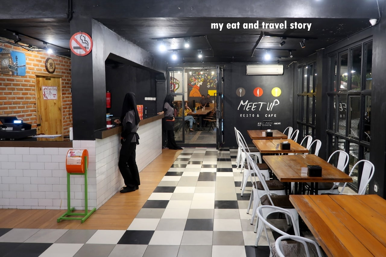 17 Tempat Nongkrong di Depok Dekat UI Enak Untuk Hangout 18