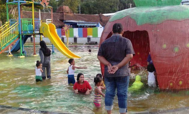 Berenang Di Tengah Alam Seru Muncul Waterpark Semarang 3