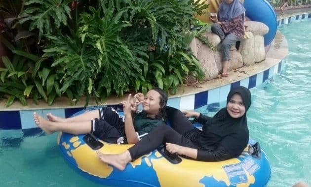 Newton Waterpark Tempat Menyegarkan Pikiran Di Tangerang 2