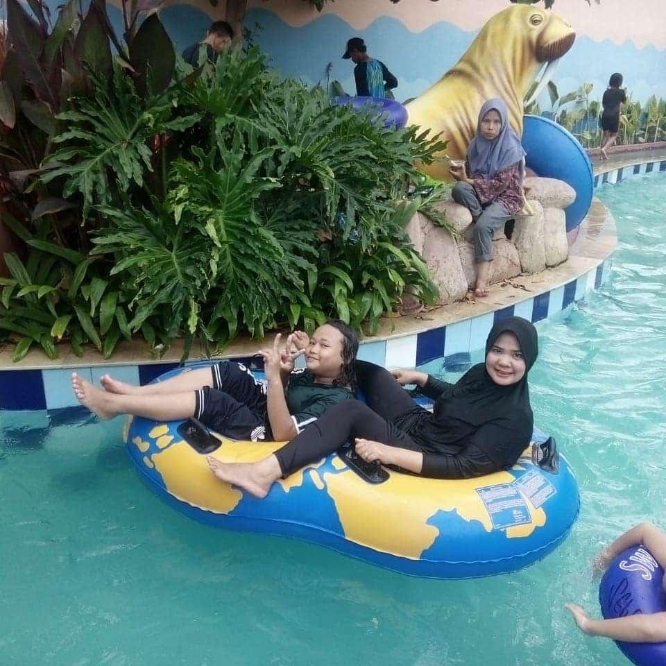 Newton Waterpark Tempat Menyegarkan Pikiran Di Tangerang 1