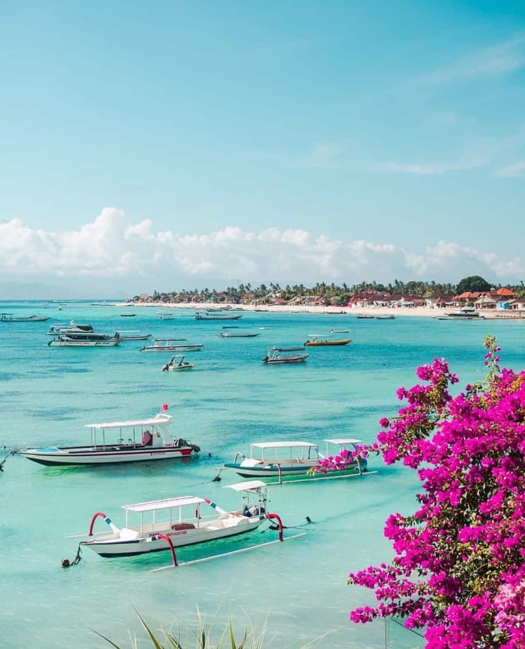 Keindahan Laut Nusa Lembongan