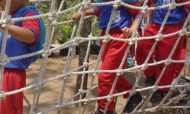 Liburan Keluarga Seru Di Pacet Mini Park Mojokerto 8