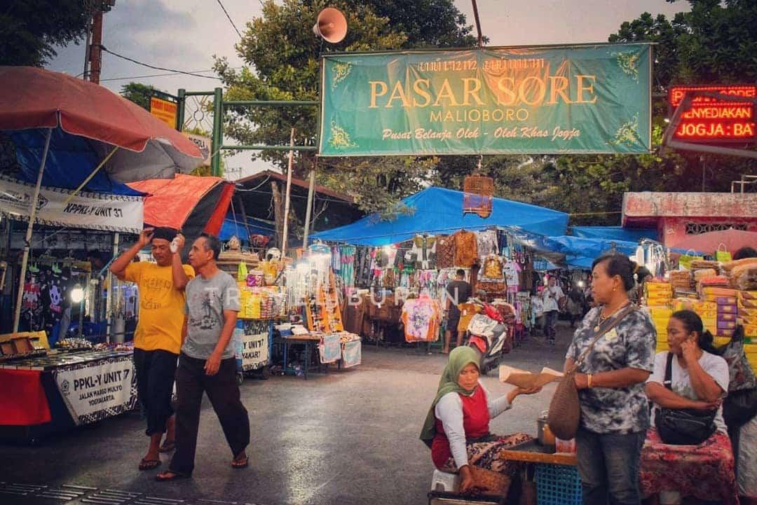 Pasar Senthir