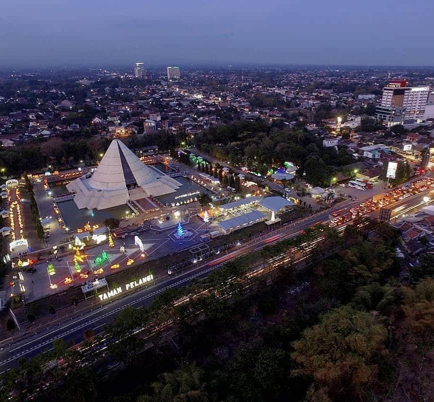 Taman Pelangi, Tempat Wisata di Jogja Malam Hari