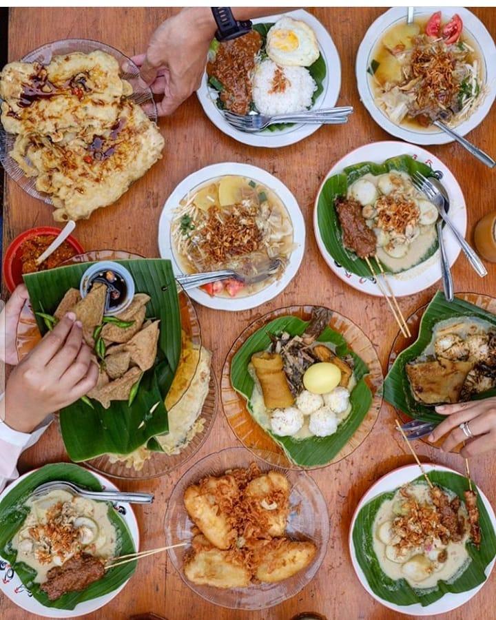 menu di resto watoe gadjah