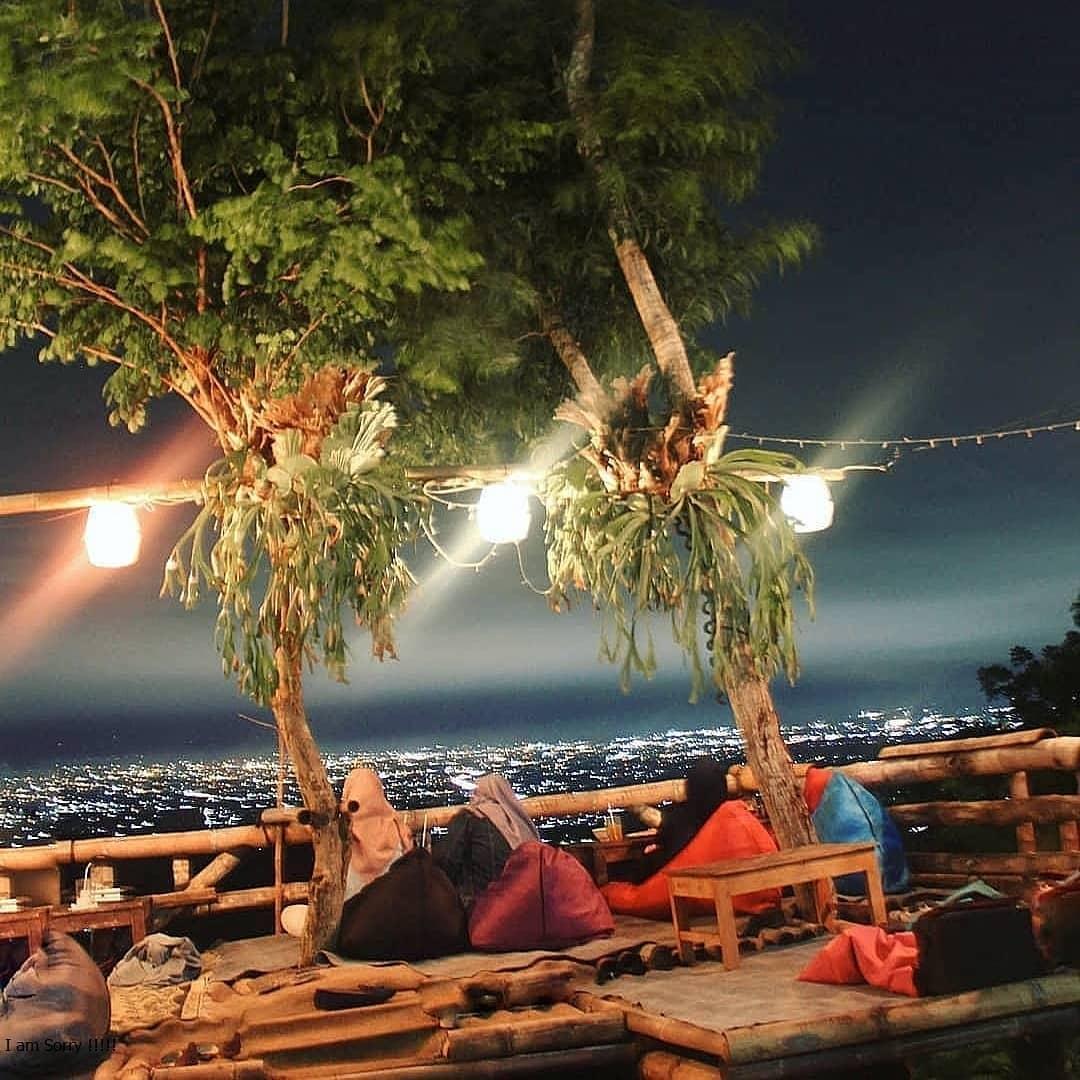 Tiket Masuk Watu Amben Jogja 9, Resto, Lokasi Dan Pemandangan