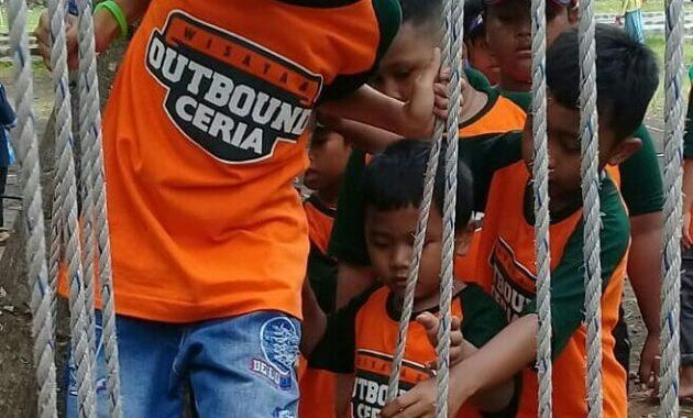 Menikmati Segarnya Air dan Serunya Wahana Outbound di Telogo Sewu Pasuruan. 1