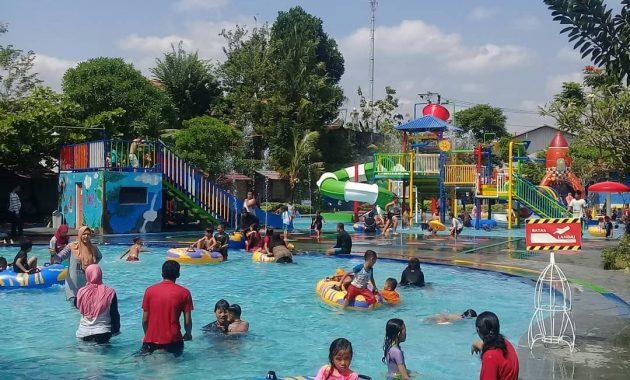 Taman Rekreasi Air Bersama Keluarga Galaxy Waterpark Jogja 3