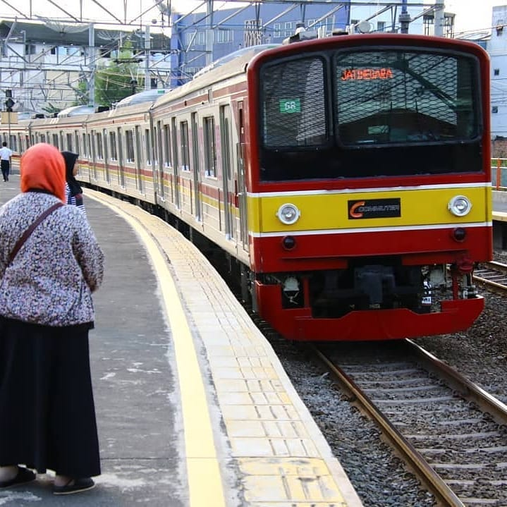 Rute Serta Jadwal KRL Jatinegara Baru Dan Lengkap 2019 1