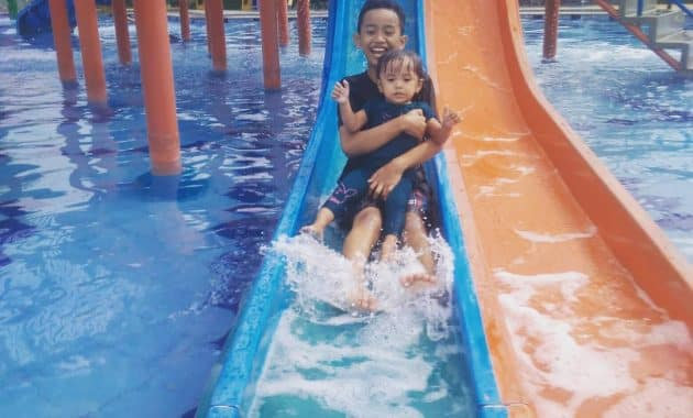 seluncuran madagascar waterpark