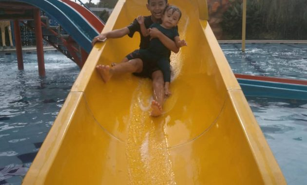 perosotan madagascar waterpark