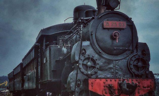 Lokomotif museum kereta amabarawa